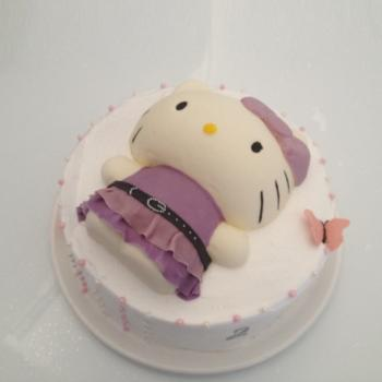 3d hello kitty themed cake