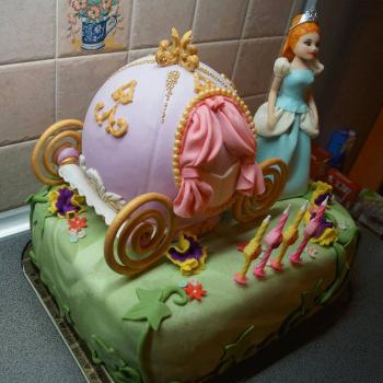 cinderella carriage cake birthday