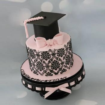 cograts graduation cakes for girls