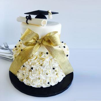 graduation decorated cakes