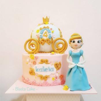 image of cake cinderella