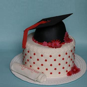 name cake for graduation