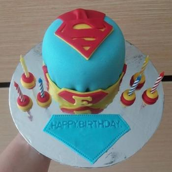 superman cake pictures