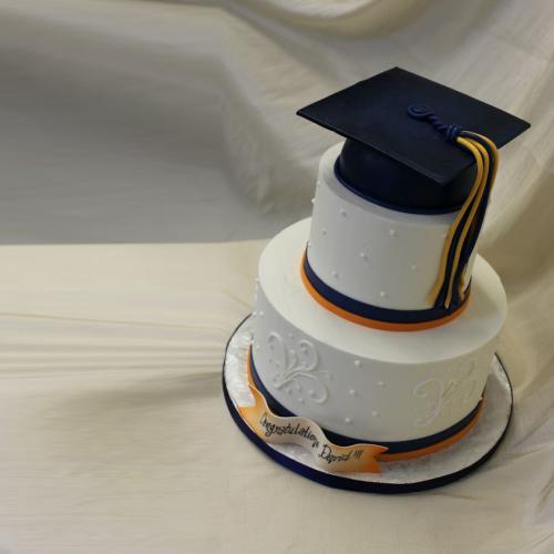 How To Make A D Graduation Cap Cake